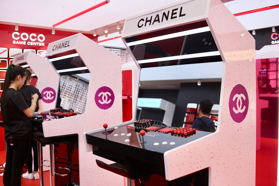 Coco Game Center's pop-up stores across Asia's fashion capitals featured driving games, claw machines, and twisted-egg machines. Photo: Sina Fashion